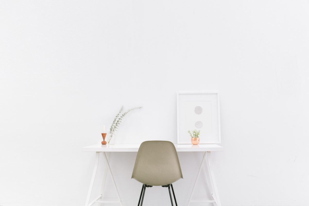 scaunul-accesoriul-necesar-ii